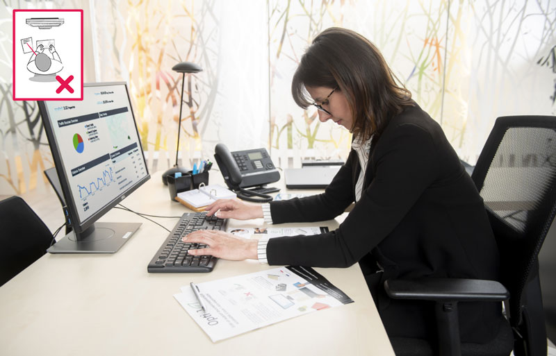 Correct a bad working posture while on the computer thanks to Optimeo.